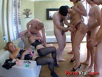 Hot orgy with three sluts!! French amateur